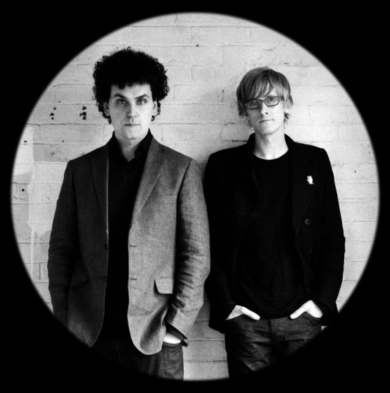 simian_mobile_disco_photo_11